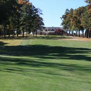 Saluda Valley CC: #10 &amp; clubhouse