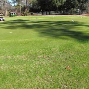 Dogwood Hills GC: practice area