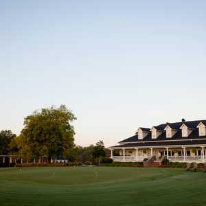 The Links at Stoney Point: Clubhouse